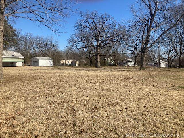 708 C SE, Ardmore, OK 73401 (MLS #2102409) :: RE/MAX T-town