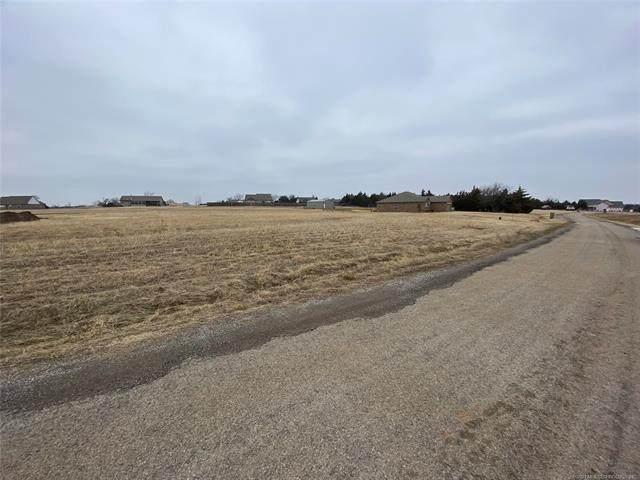 7822 Pickles Gap, Perkins, OK 74074 (MLS #2102515) :: Active Real Estate