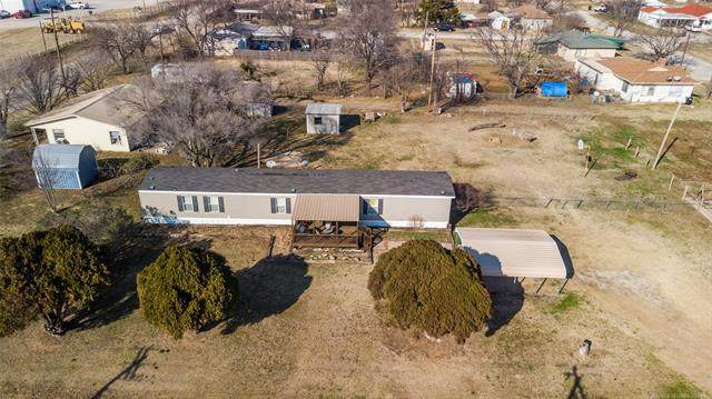 102 W D Street, Ringling, OK 73456 (MLS #2102582) :: 918HomeTeam - KW Realty Preferred