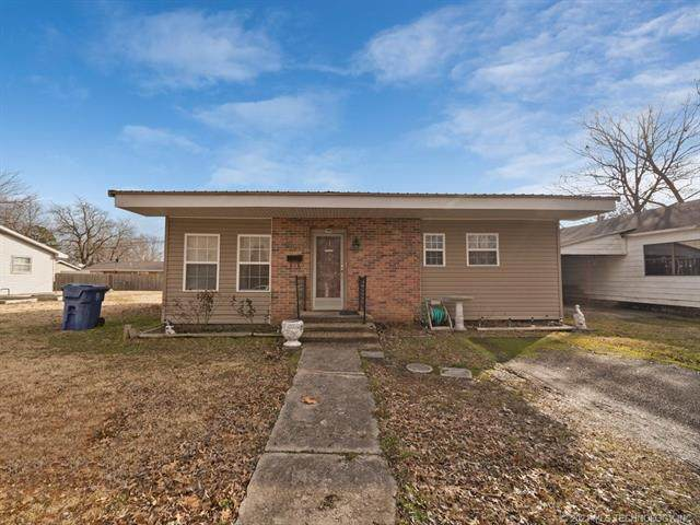 523 C Street SE, Miami, OK 74354 (MLS #2103318) :: Hopper Group at RE/MAX Results