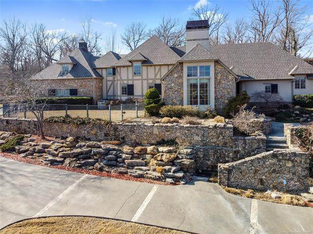 330 E 44th Street, Sand Springs, OK 74063 (MLS #2103527) :: RE/MAX T-town