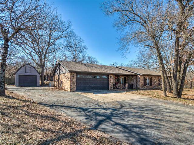 24801 N 4011 Drive, Bartlesville, OK 74006 (MLS #2103977) :: House Properties