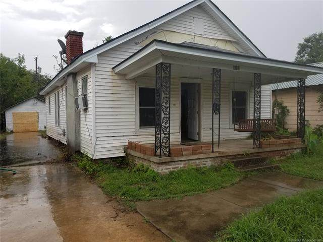 1203 N Collins Avenue, Okmulgee, OK 74447 (MLS #2104174) :: RE/MAX T-town