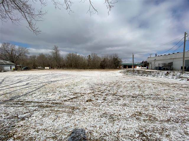 W Cypress, Holdenville, OK 74848 (MLS #2104313) :: Active Real Estate
