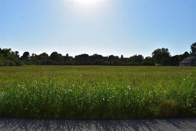 2 Cedar Avenue, Tahlequah, OK 74464 (#2104692) :: Homes By Lainie Real Estate Group