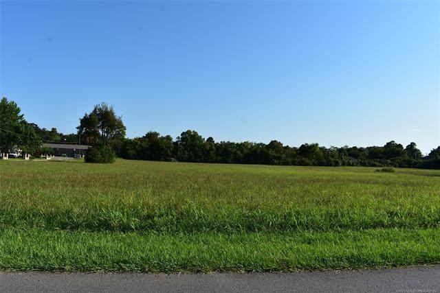 3 Cedar Avenue, Tahlequah, OK 74464 (#2104694) :: Homes By Lainie Real Estate Group