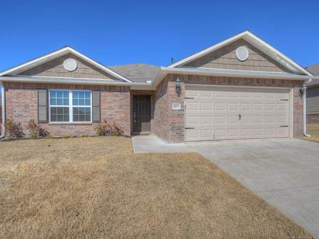 5871 E 146th Place S, Bixby, OK 74008 (#2104709) :: Homes By Lainie Real Estate Group