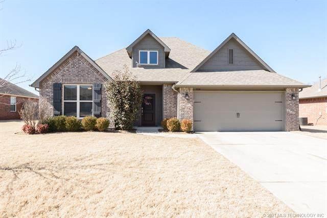 3924 S 201st East Avenue, Broken Arrow, OK 74014 (MLS #2105057) :: Active Real Estate