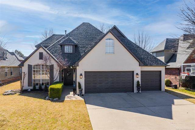 9180 E 117th Place S, Bixby, OK 74008 (#2105174) :: Homes By Lainie Real Estate Group