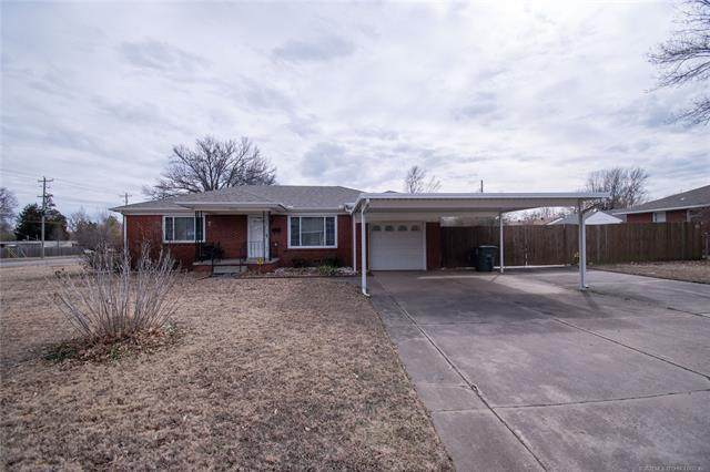 4826 E 26th Street, Tulsa, OK 74114 (MLS #2105200) :: Hopper Group at RE/MAX Results