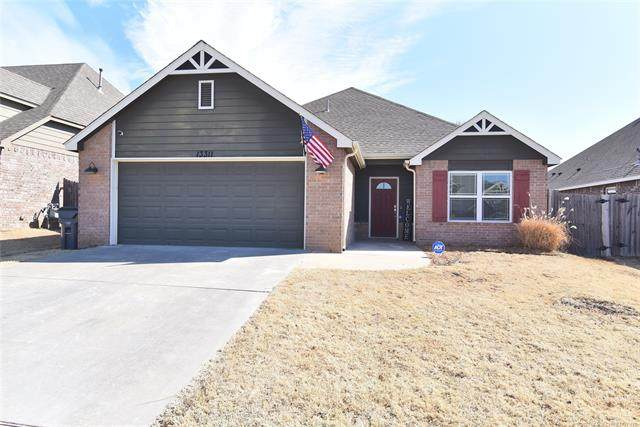 13311 S 21st Street, Bixby, OK 74008 (#2105243) :: Homes By Lainie Real Estate Group
