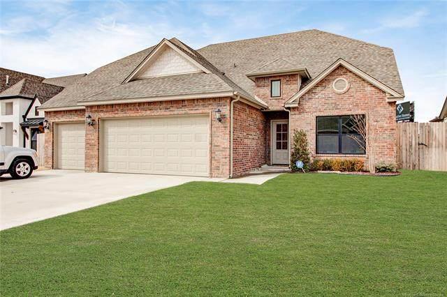 8628 S Quanah Avenue W, Tulsa, OK 74132 (#2105311) :: Homes By Lainie Real Estate Group