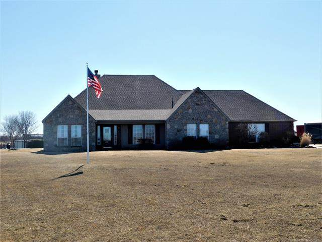 4990 E 410 Road, Oologah, OK 74053 (#2105496) :: Homes By Lainie Real Estate Group