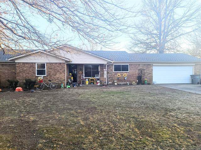 1108 W Main Street, Haskell, OK 74436 (MLS #2105637) :: Active Real Estate