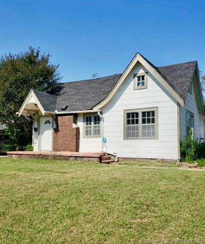 102 Country Club, Holdenville, OK 74848 (MLS #2105731) :: RE/MAX T-town