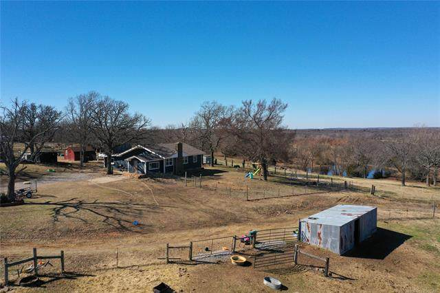 8351 E 133 Road, Holdenville, OK 74848 (MLS #2105735) :: Hopper Group at RE/MAX Results