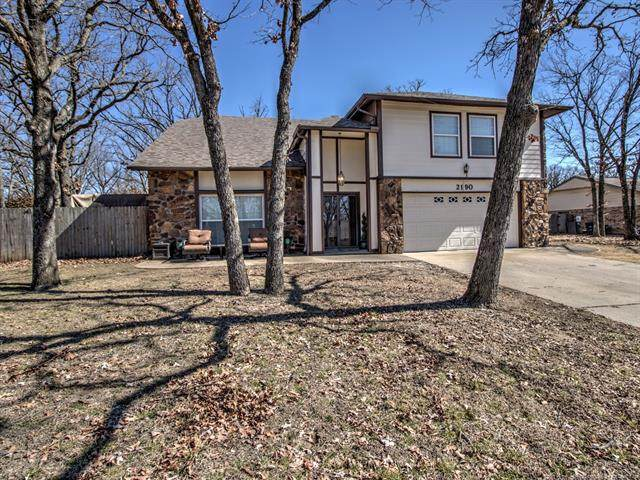 2190 Mountain Drive, Bartlesville, OK 74003 (MLS #2105879) :: House Properties