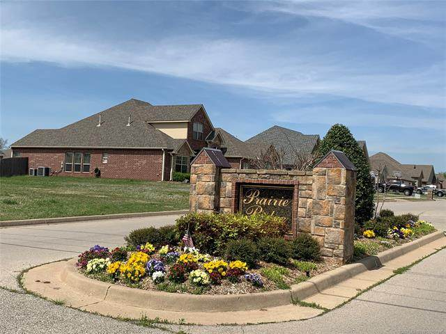 105 Prairie Ridge Drive, Bartlesville, OK 74006 (MLS #2106837) :: Owasso Homes and Lifestyle