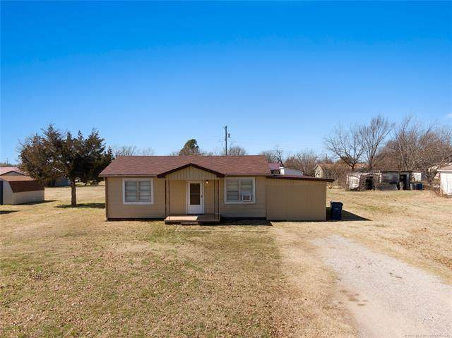 708 N Oak, Stratford, OK 74872 (MLS #2106979) :: RE/MAX T-town