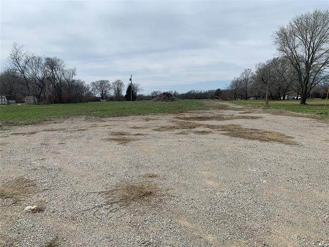 624 S 193rd East Avenue, Tulsa, OK 74108 (MLS #2107476) :: Active Real Estate