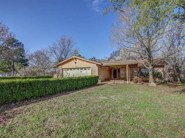 2508 White Avenue, Tahlequah, OK 74464 (MLS #2107557) :: Owasso Homes and Lifestyle