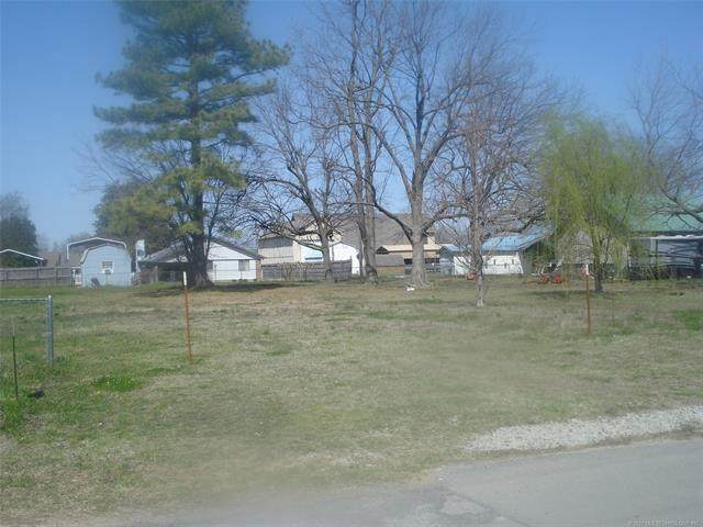 Broadway Street, Eufaula, OK 74432 (MLS #2107758) :: 580 Realty