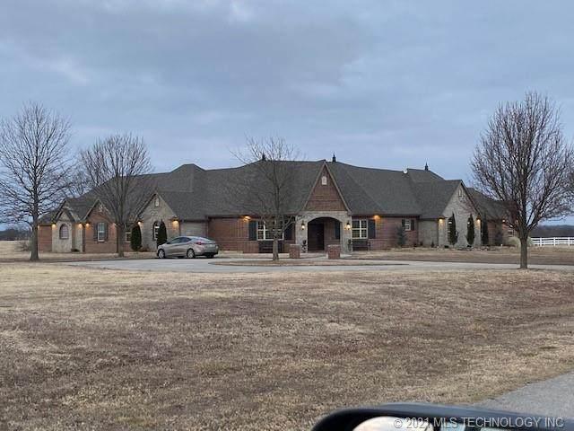 24098 N 3962 Road, Bartlesville, OK 74006 (MLS #2108533) :: Active Real Estate