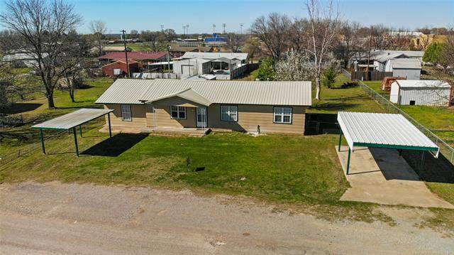 202 W A Street, Ringling, OK 73456 (MLS #2108932) :: Hopper Group at RE/MAX Results