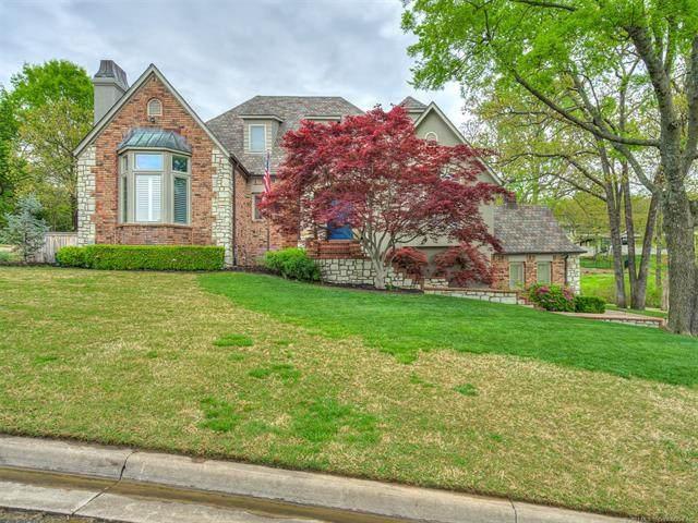 7121 S Columbia Place, Tulsa, OK 74136 (MLS #2108945) :: Owasso Homes and Lifestyle