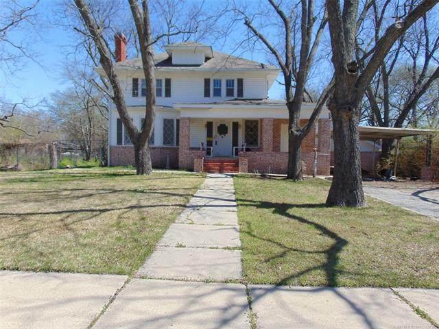 804 SE Carter Street SE, Ardmore, OK 73401 (MLS #2109191) :: 918HomeTeam - KW Realty Preferred