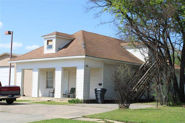 415 NW 2nd Street, Ardmore, OK 73401 (MLS #2109639) :: Active Real Estate