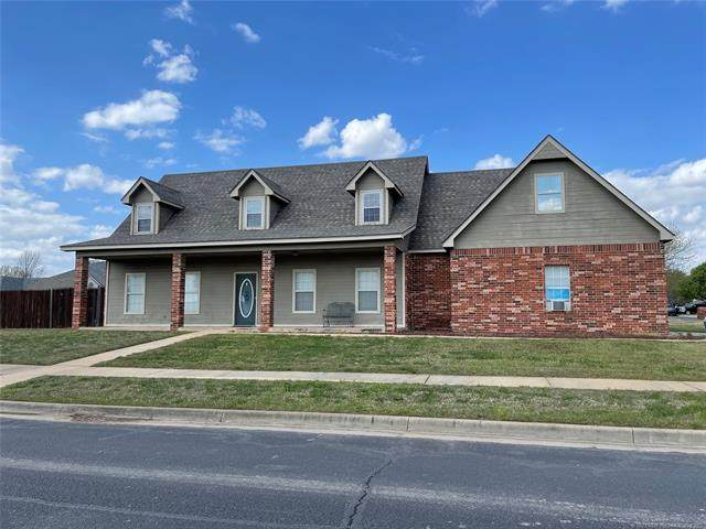 9902 N 118th East Avenue, Owasso, OK 74055 (MLS #2109705) :: Hopper Group at RE/MAX Results