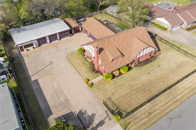 8121 E 14th Street, Tulsa, OK 74112 (MLS #2109946) :: RE/MAX T-town
