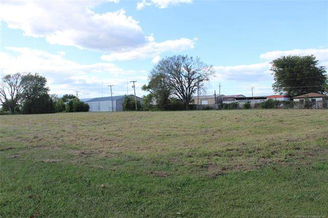 SW 2nd Street, Wagoner, OK 74467 (MLS #2109962) :: Active Real Estate