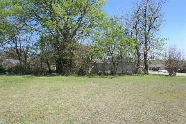 318 E Trudgeon Street, Henryetta, OK 74437 (MLS #2110112) :: Active Real Estate