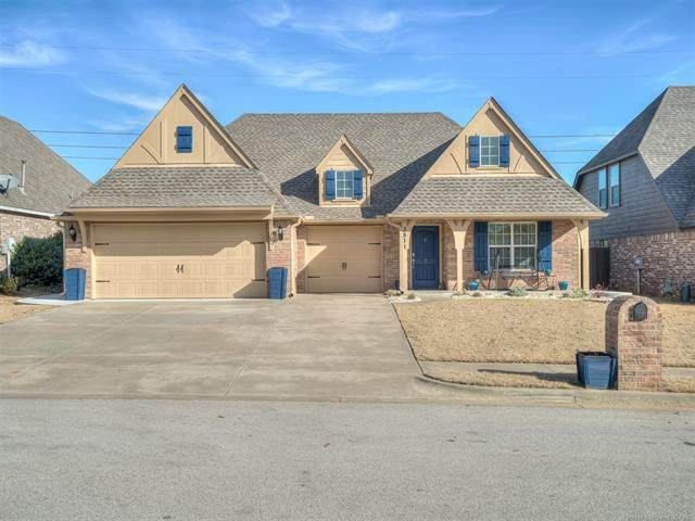 3511 W 106th Street S, Jenks, OK 74037 (MLS #2110401) :: Hopper Group at RE/MAX Results