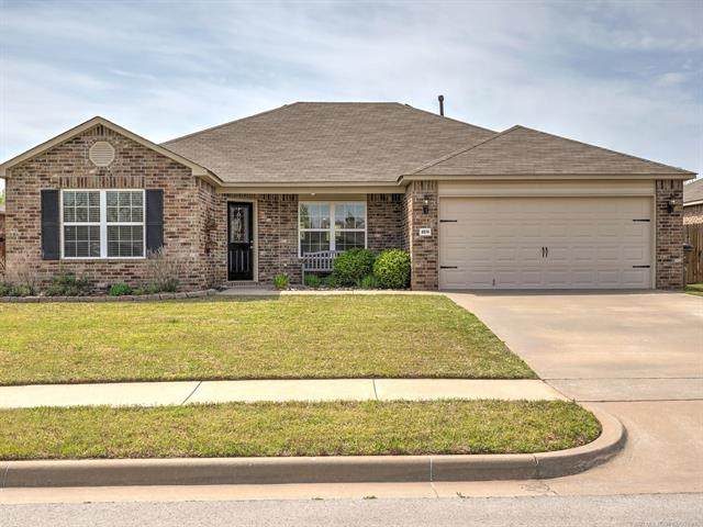 8574 E 127th Street S, Bixby, OK 74008 (#2110443) :: Homes By Lainie Real Estate Group