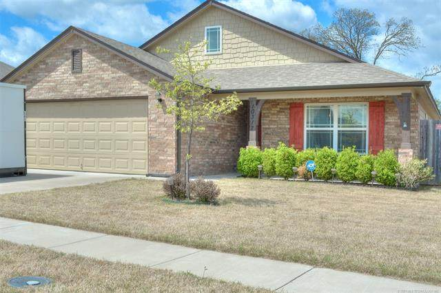 10317 S Nathan Street, Jenks, OK 74037 (MLS #2110459) :: Hopper Group at RE/MAX Results