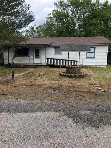 202 8th, Wilburton, OK 74578 (MLS #2110544) :: Owasso Homes and Lifestyle