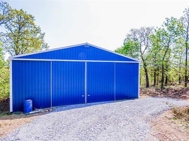 4240 Road, Eufaula, OK 74432 (#2110750) :: Homes By Lainie Real Estate Group