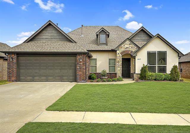 18317 E 49th Place, Tulsa, OK 74134 (MLS #2110868) :: 918HomeTeam - KW Realty Preferred