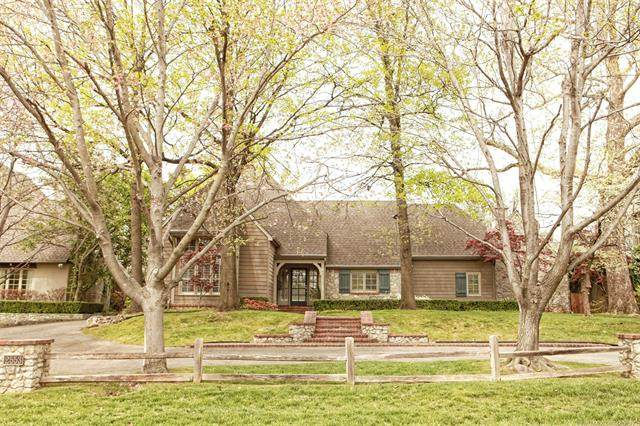 2553 E 26th Place, Tulsa, OK 74114 (MLS #2110877) :: Hopper Group at RE/MAX Results