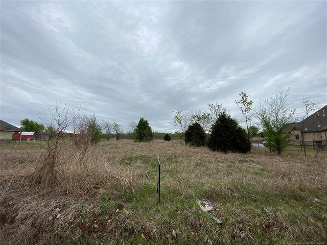 118th East Avenue, Collinsville, OK 74021 (MLS #2110916) :: RE/MAX T-town