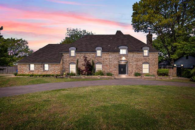 5922 S Jamestown Avenue, Tulsa, OK 74135 (MLS #2110968) :: 918HomeTeam - KW Realty Preferred