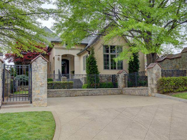 3102 S Rockford Drive, Tulsa, OK 74105 (#2111313) :: Homes By Lainie Real Estate Group