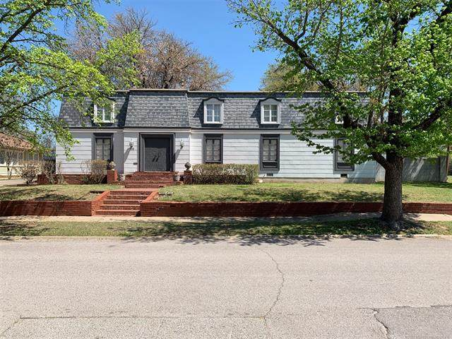 330 SW K. Street SW, Ardmore, OK 73401 (MLS #2111494) :: Owasso Homes and Lifestyle