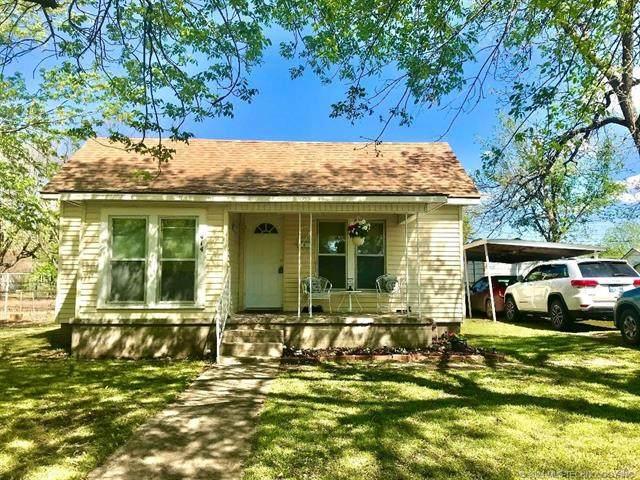 414 S Layton Avenue, Drumright, OK 74030 (MLS #2111613) :: Owasso Homes and Lifestyle