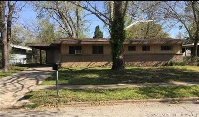 2916 Williams, Muskogee, OK 74401 (MLS #2111753) :: Owasso Homes and Lifestyle