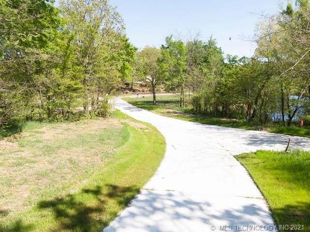 4507 Road, Vian, OK 74962 (MLS #2111815) :: 918HomeTeam - KW Realty Preferred