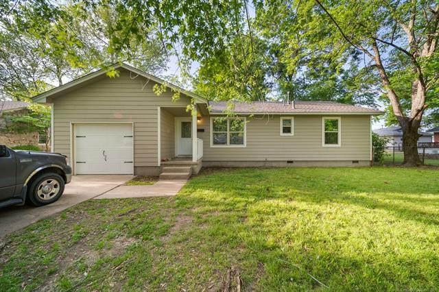 317 SE 10th Street, Pryor, OK 74361 (MLS #2111951) :: 580 Realty